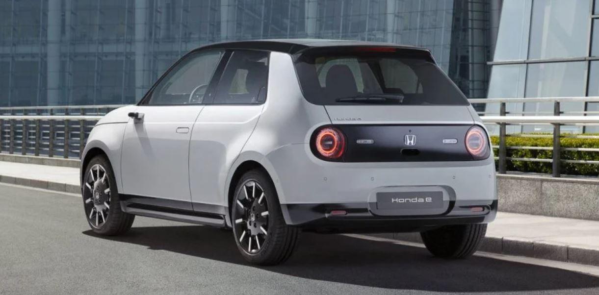 Honda hibrit ve elektrikli otomobillere tam geçiş tarihini açıkladı.