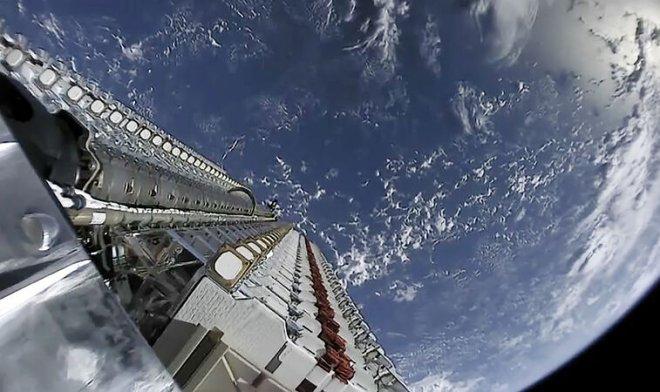SpaceX, telefonu Starlink uyduları üzerinden dağıtacak
